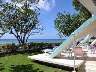 Bali Hai, Holetown, St. James - Beachfront