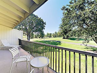2BR On PGA Golf Course w/ Balconies & Silverado Amenities – Near Wineries