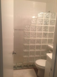one of 2 full baths