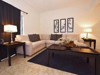 4569AL. 3 Bedroom Townhome In Bella Vida With Private Pool