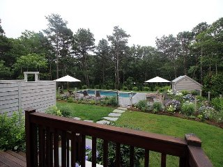 Beautiful Cape with Pool and Air Conditioning Close to Town