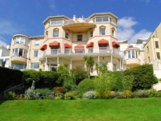 17 Bay Fort Mansions in Torquay