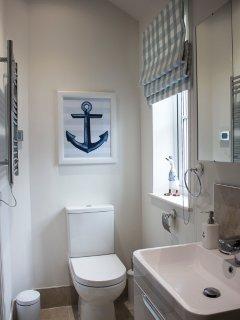 En-suite wet room to bedroom 1