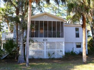 615 Jungle Rd - 'Turtle Time'