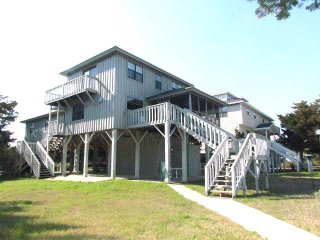 3609 Yacht Club Rd - 'The Firm Retreat'