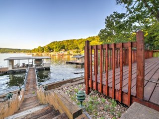 Little Niangua Lakefront Camdenton House w/Dock!