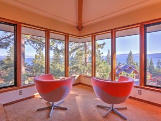 Lake Tahoe Area Home w/Great Views & 2 Balconies