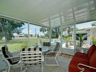 Holmes Beach Super Cute Home 411 ~ RA43523