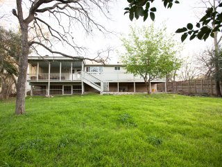 Bliss-out next to Barton Springs and Downtown