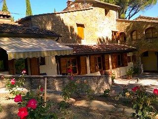 Villa Luna e le pietre Casale in pietra del '700 con parco e piscina