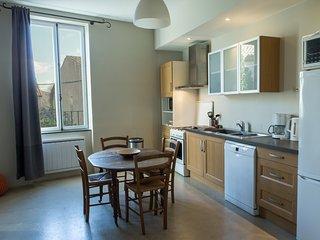 La Maison des Vendangeurs 1 /  Lovely apartment with shared pool