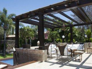 Luxury and Amazing Villa in Las Chapas Marbella