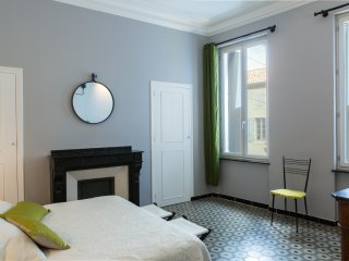 Beautiful apartment with shared garden / La Maison des Vendangeurs 2