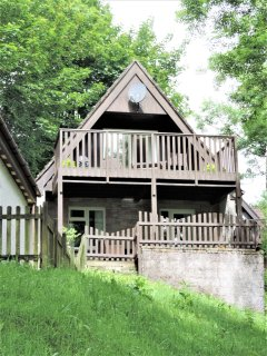 Tamar Valley Holiday & Leisure Park, 61 Valley Lodge (treetops) Alpine Style