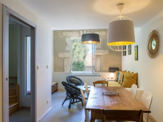 Design apartment with shared garden / La Maison des Vendangeurs 2