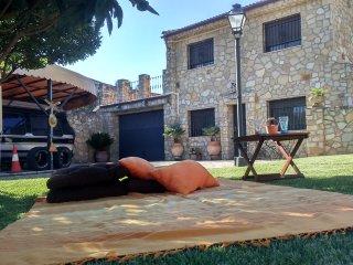 Duplex con jardin, piscina y aparcamiento privado