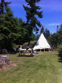 Book our authentic 18' Tipi for the Solar Eclipse!