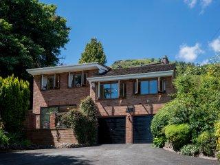 Woodlands Luxury Holiday Home, Central Malvern, Sleeps 8