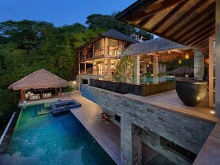 Located in Tamarind with 2 swimming pools to enjoy the summer of the Pacifico