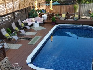 The Poolside room at Murray House is private and comfortable.
