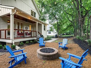 New All-Suite 4BR w/ 2 Porches, Fire Pit, Crow's Nest & Widow's Walk