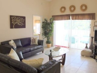 909CCC. 5 Bedroom 4 Bath Pool Home In Clear Creek, Clermont