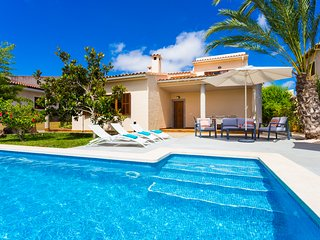 Villa Murta, cosy house next to Sa Coma's beach