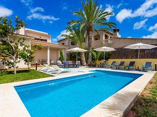 Villa Murta, cosy house next to Sa Coma's beach