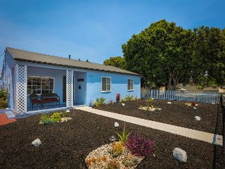 Spacious Hawthorne Home – Newly Remodeled