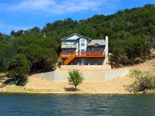 Great Waterfront Home on Possum Kingdom Peninsula!