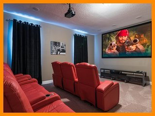 Encore Resort 88 - pool, home theater, game room and free shuttle to parks