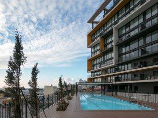 Luxury oceanview high rise in Neve Tzedek with pool, gym, doorman, parking