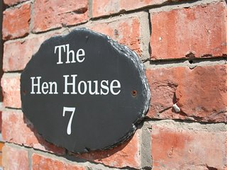 The Hen House 10065