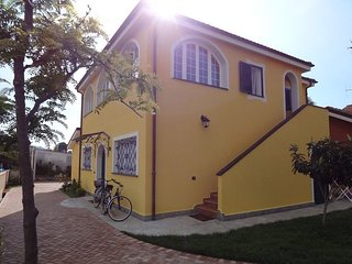 3 bedroom Villa in Diano Marina, Liguria, Italy : ref 5425376