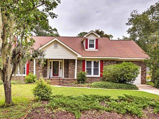 NEW! 3BR Mount Pleasant House w/Private Backyard