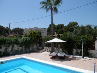 New villa 4 bedroom/4 bathroom private pool and garden Port Adriano