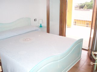 Modern 1bed apartment(sleep 4)sea view only 700mt from sea