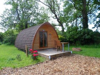 Llanddwyn - glamping pod with its own bathroom