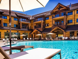 Luxury 2Br Residence steps from Heavenly Village & Gondola
