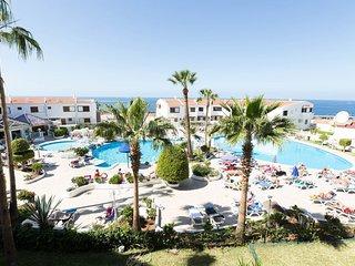 Large pool terrace.
