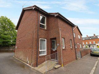 A modern recently refurbished 2-Bedroom ground floor apartment