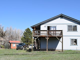 Spacious Guest House Near Hot Springs & Wolf Creek