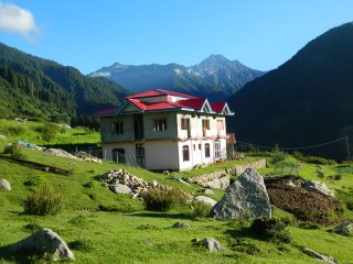 Ishant Guest House Rajgunda