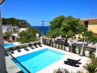 Spectacular Villa in Santa Ponsa with Sea View