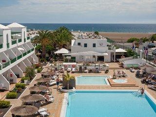 Apartamento para 4 personas al lado de la playa en resort vacacional