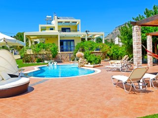 Beachfront villa with private pool, Villa Angelina