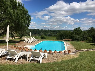 La Tuilerie Gite France is a Stylish & relaxed 2 bedroom,s sleeps 4