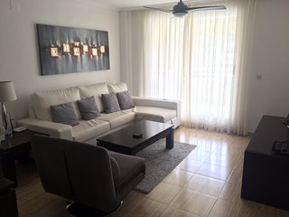 Luxury 3 bed Apartment, Golden Beach, Arenal, Javea. Free fibre WiFi, sleeps 8.