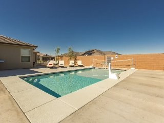 Desert Oasis at Sand Hollow | 3470 | PRIVATE POOL, PING PONG, PS4, AND MORE!