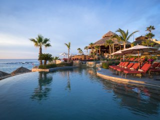 Cabo Luxury 1Bedroom Suite 5 Star Beach Resort October 30- November 5